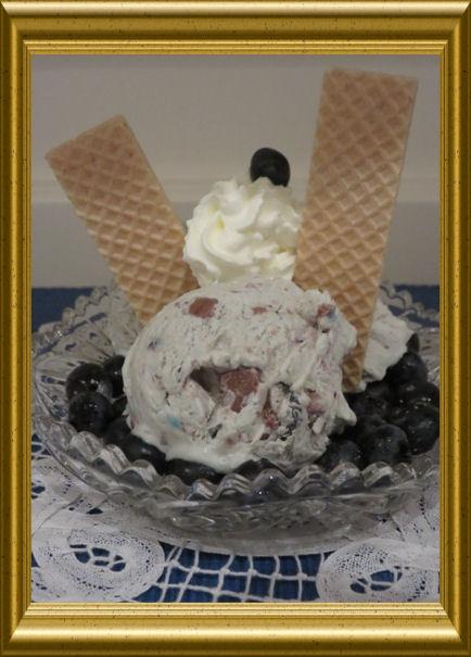 Joghurt Heidelbeer Vanille Eiscreme