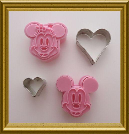 Backförmchen von Micky und Minnie