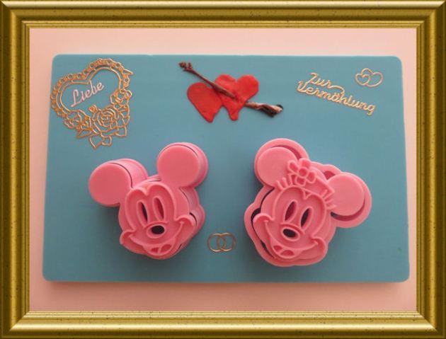 Backförmchen Minnie und Micky Mouse