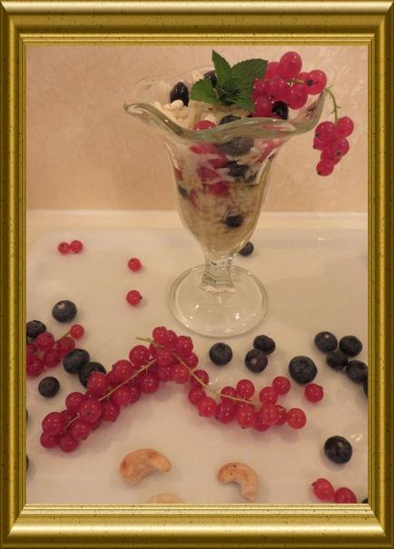 Reissalat mit Beeren (2)