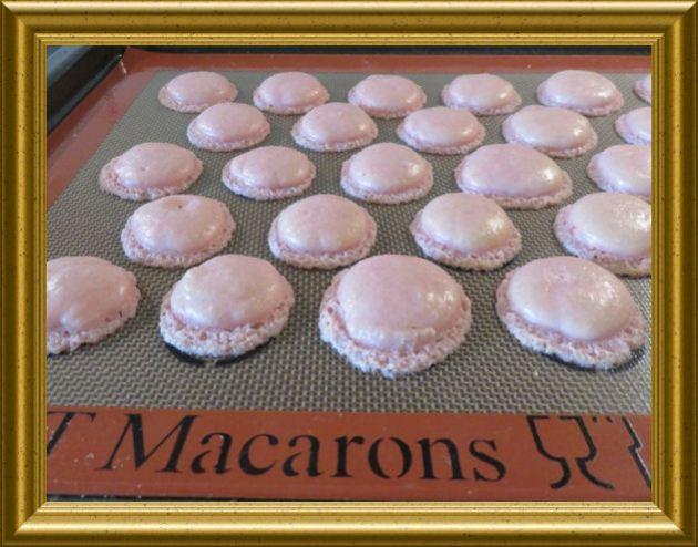 Rosa-Macarons-mit-Limettencreme 4