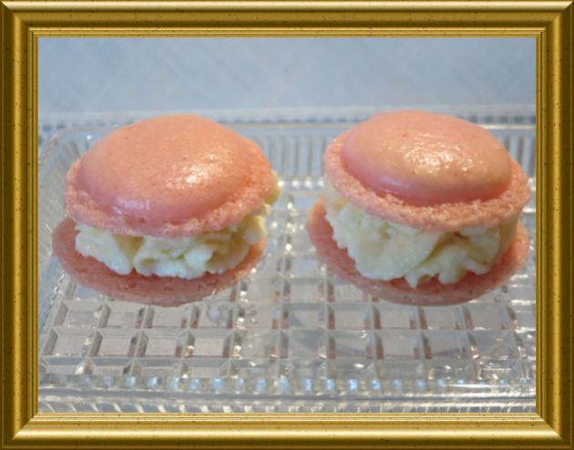 Rosa-Macarons-mit-Zitronencreme