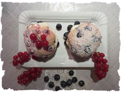Whoopies mit Beeren und Quark-sahne-Creme (2)