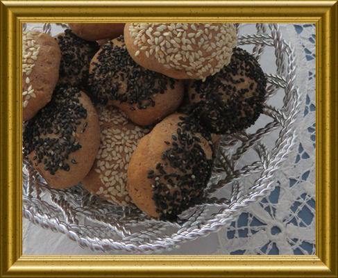 Schnelle Sesam Brötchen aus der Taraland Lehrküche