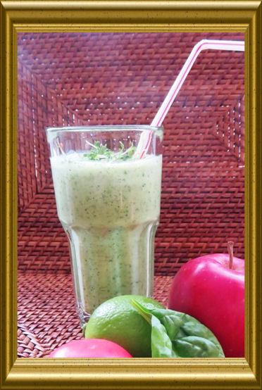 Spinat-Apfel-Smoothie aus der Taraland Lehrküche (5)