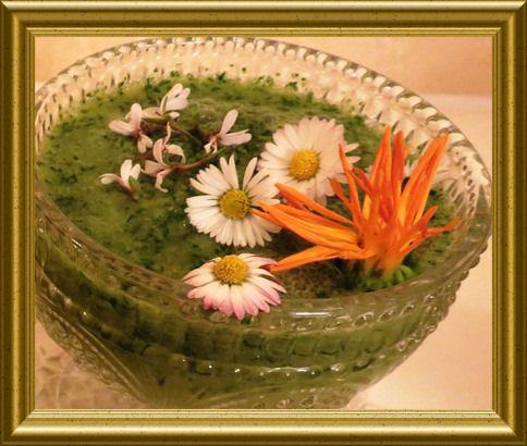 Grüner Birnen Smoothie aus der Taraland Lehrküche