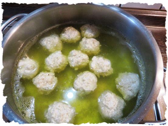 Klösschen für Kürbissuppe (2)
