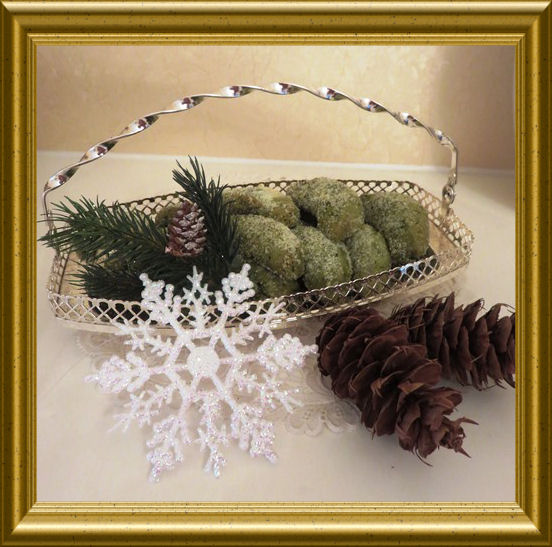 Vanillekipferln mit Matcha aus der Taraland Lehrküche