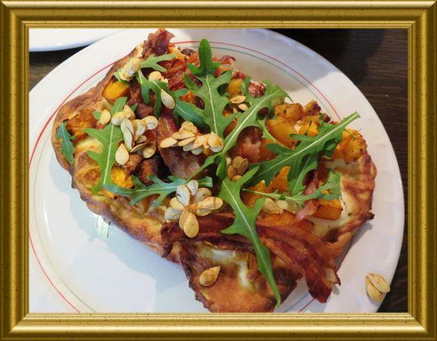 Kürbis Pizza aus der Taraland Lehrküche