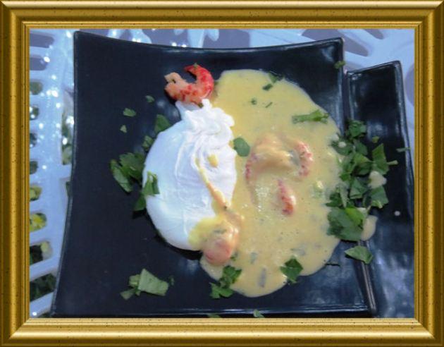 Oeuf florentine-Pochiertes Ei mitKrabben-Hollandaise aus der Taraland Lehrküche