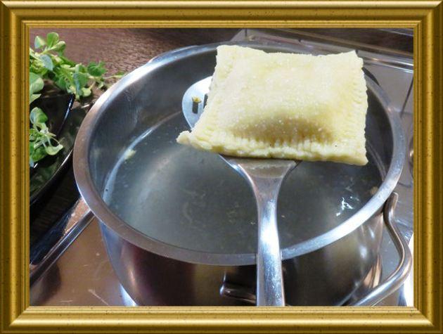 Ravioli mit Kärtner Füllung aus der Taraland Lehrküche