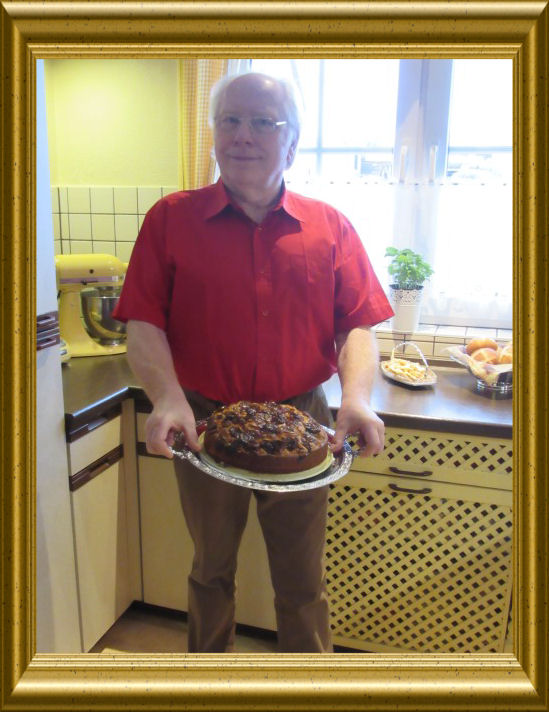 Zwetschgenkuchen mit Marzipan und Mohn aus der Taraland Lehrküche