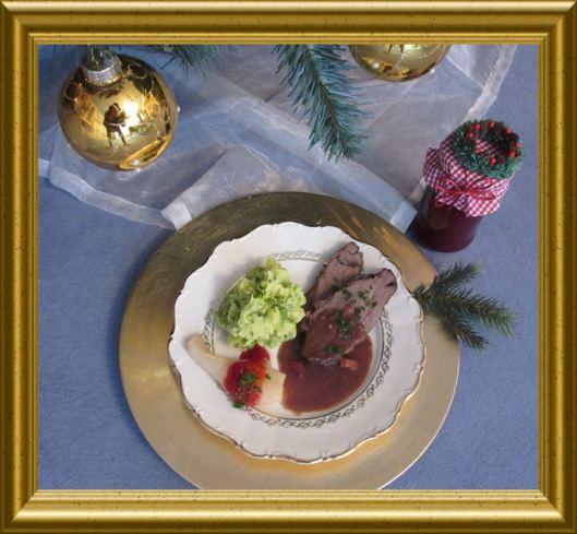 Kartoffel-Erbsen-Minz-Püree mit Hirschkeule in Lebkuchensauce aus der Taraland Lehrküche