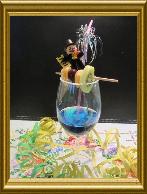 Blue Sky Cocktail aus der Taraland Lehrküche