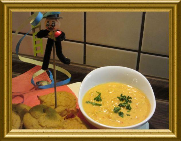 Curry Dip zu Kürbisküchlein aus der Taraland Lehrküche