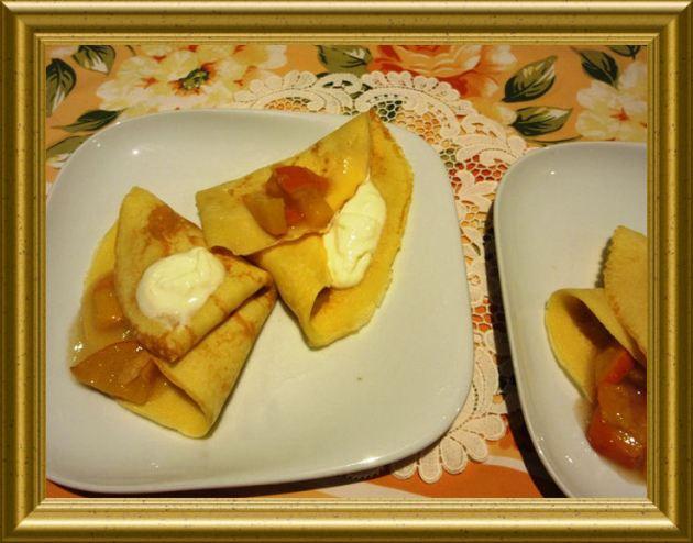 Crépes mit Kaki Kompott aus der Taraland Lehrküche